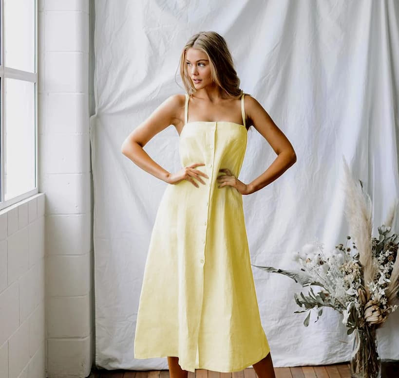 girl with long linen dress