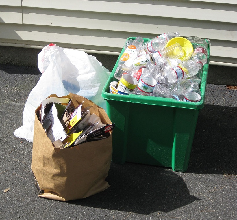 picture of a recycled garbage