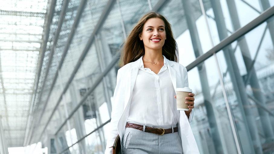 Business-Attire-for-Ladies