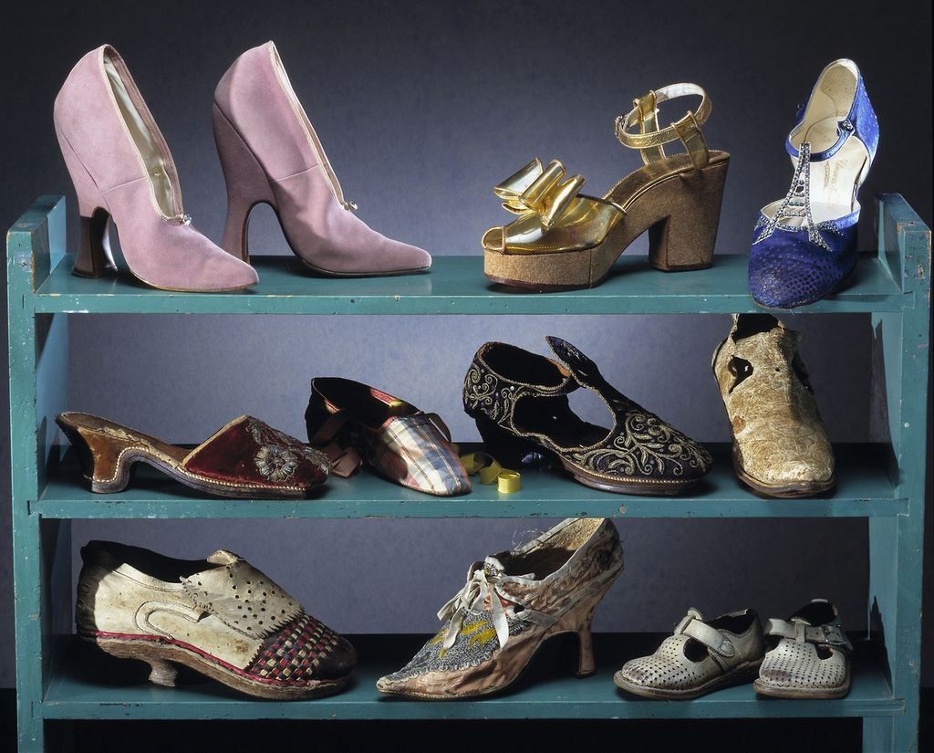 tipe=of-shoes-a-women-should-have-cover